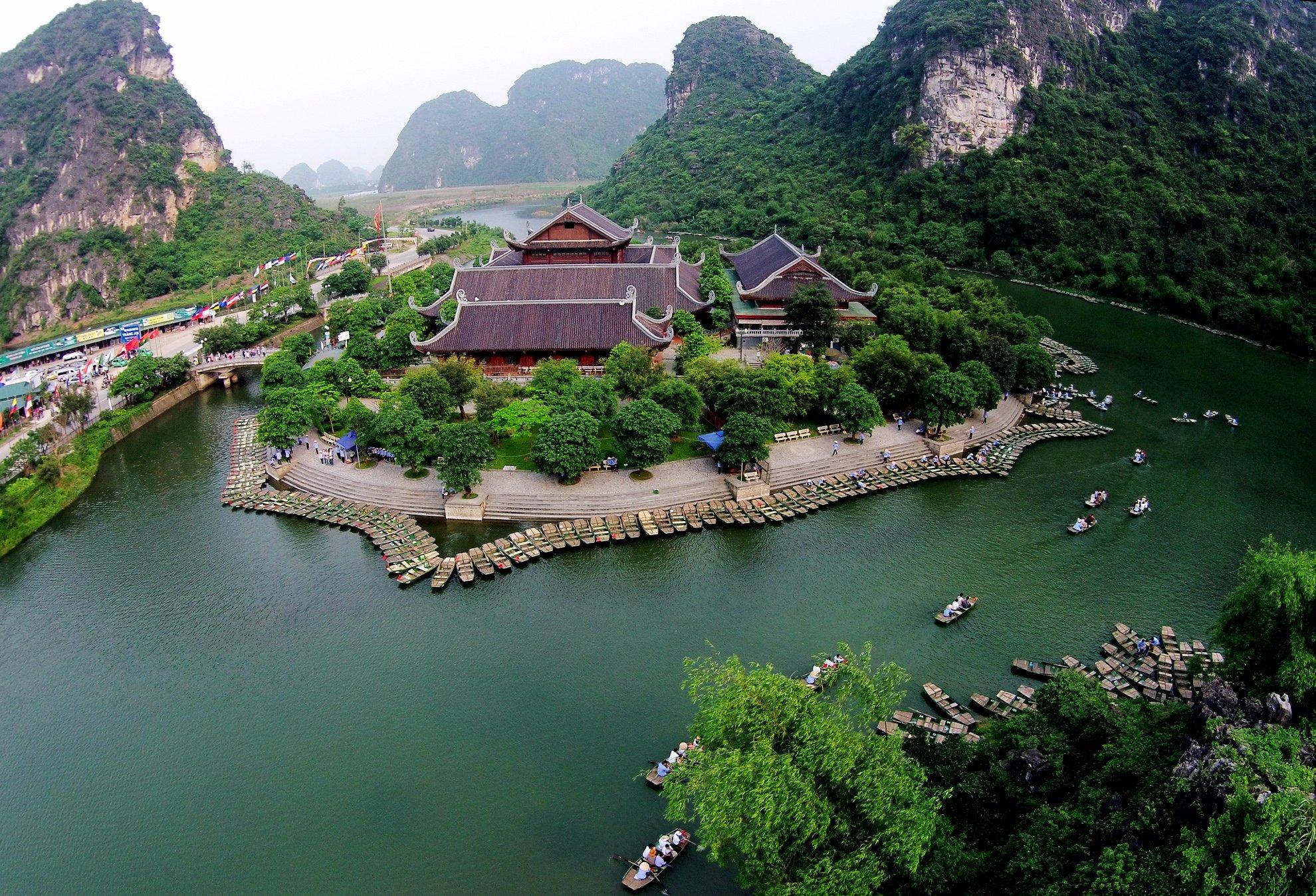 Top 10 địa điểm du lịch trong nước luôn hút khách nước ngoài-5
