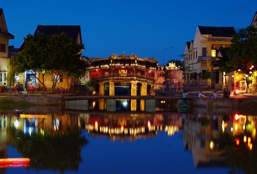 Top 10 địa điểm du lịch trong nước luôn hút khách nước ngoài-7