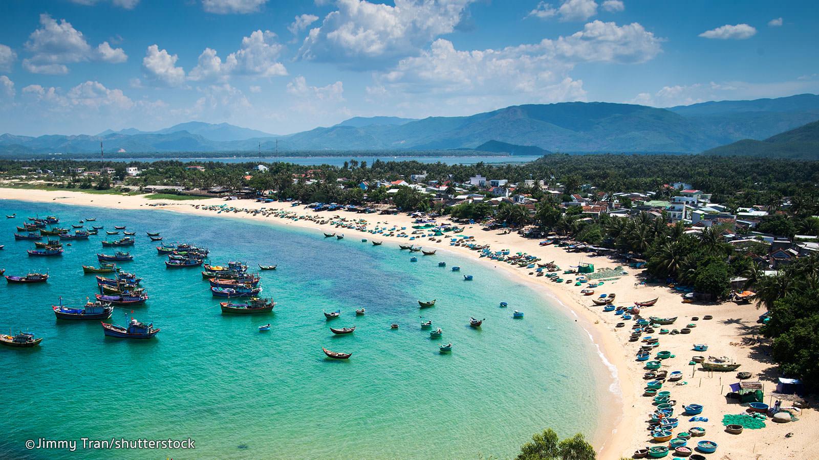 Top 10 địa điểm du lịch trong nước luôn hút khách nước ngoài-9