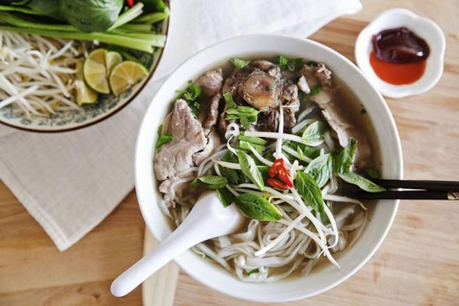 Phở không hổ danh là món ăn dân tộc của Việt Nam