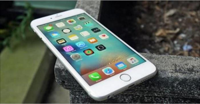 iPhone đời cũ tại Việt Nam có thể được thay pin miễn phí hoặc trợ giá.