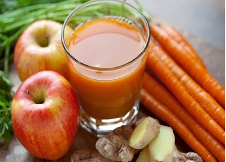 Thành phần bao gồm cà rốt, táo, chanh và gừng.