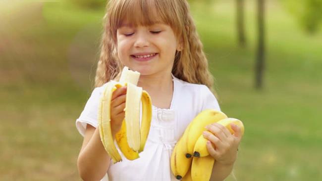 Các chuyên gia sức khỏe khuyên nên ăn 1-2 quả chuối/ngày, tùy thuộc vào độ tuổi.