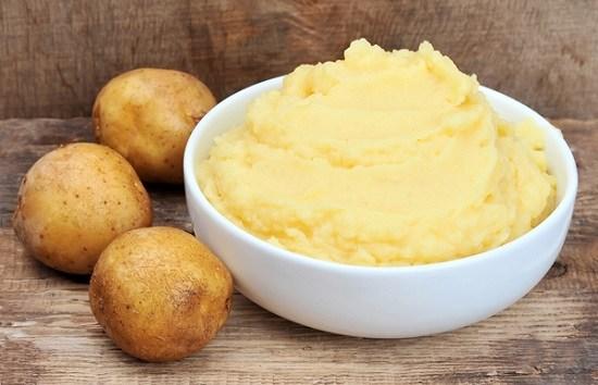 Nhờ lượng chất xơ phong phú mà khoai tây làm giảm bớt các triệu chứng đau và co thắt