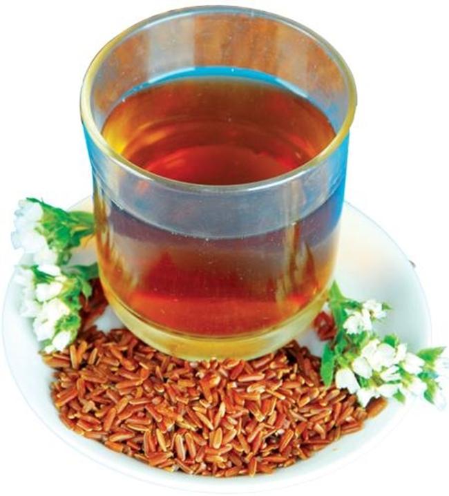 Nước gạo lứt rang (trà gạo lứt) có công hiệu chữa bệnh tiểu đường rất hay.