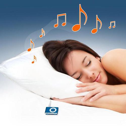 Nghe nhạc êm dịu trước khi đi ngủ dường như chỉ thích hợp với một số người.